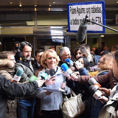Esperanza Aguirre llega al juicio por el incidente en la Gran Vía