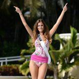 Desiré Cordero desfilando en el Miss Universe Yamamay Swimsuit Runway Show