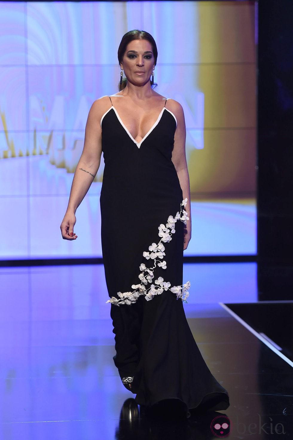 Raquel Bollo Desfilando Con Un Dise O De Juana Mart N En La S Lvame Fashion Week Front Row Y