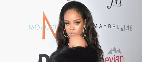 Rihanna acude a los 'Fashion Los Angeles Awards 2015'