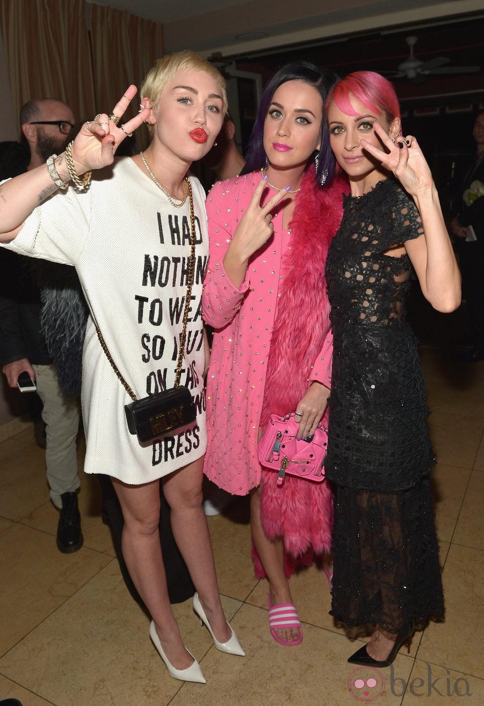 Miley Cyrus, Katy Perry y Nicole Richie en los 'Fashion Los Angeles Awards 2015'