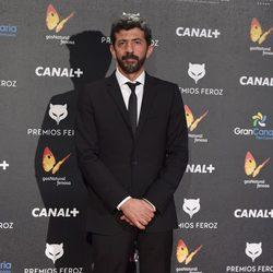 Alberto Rodríguez en la alfombra roja de los Premios Feroz 2015