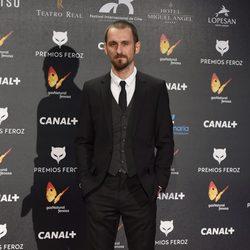 Raúl Arévalo en la alfombra roja de los Premios Feroz 2015