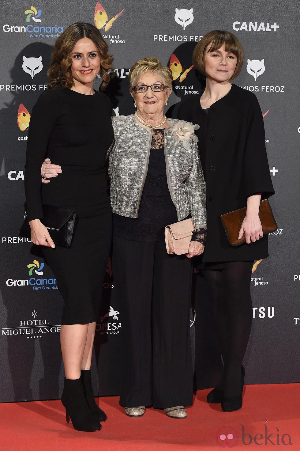 Itziar Aizpuru en la alfombra roja de los Premios Feroz 2015