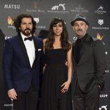 José Sacristan, Carmen Ruiz y Javier Cámara en la alfombra roja de los Premios Feroz 2015