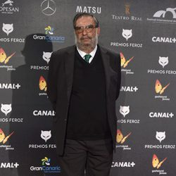 Enrique González Macho, presidente de la Academia de Cine Española, en la alfombra roja de los Premios Feroz 2015