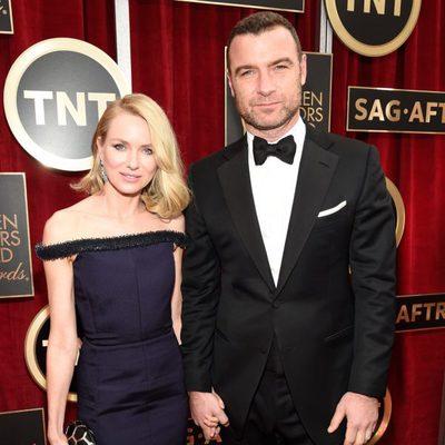 Naomi Watts y Liev Schreiber en la alfombra roja de los Screen Actors Guild Awards 2015
