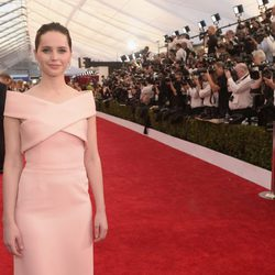 Felicity Jones en la alfombra roja de los Screen Actors Guild Awards 2015
