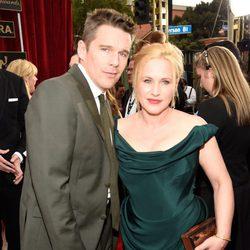 Ethan Hawke y Patricia Arquette en la alfombra roja de los Screen Actors Guild Awards 2015