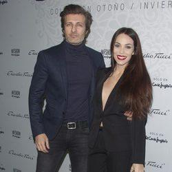 Jesús Olmedo y Nerea Garmendia en el desfile de Emidio Tucci de Madrid Fashion Show Men otoño/invierno 2015