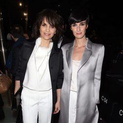 Paz Vega y Juliette Binoche en el desfile de Armani en la Semana de la Alta Costura primavera/verano 2015