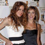 María Castro y Eva Isanta en el estreno de la obra de teatro 'La novia de papá'