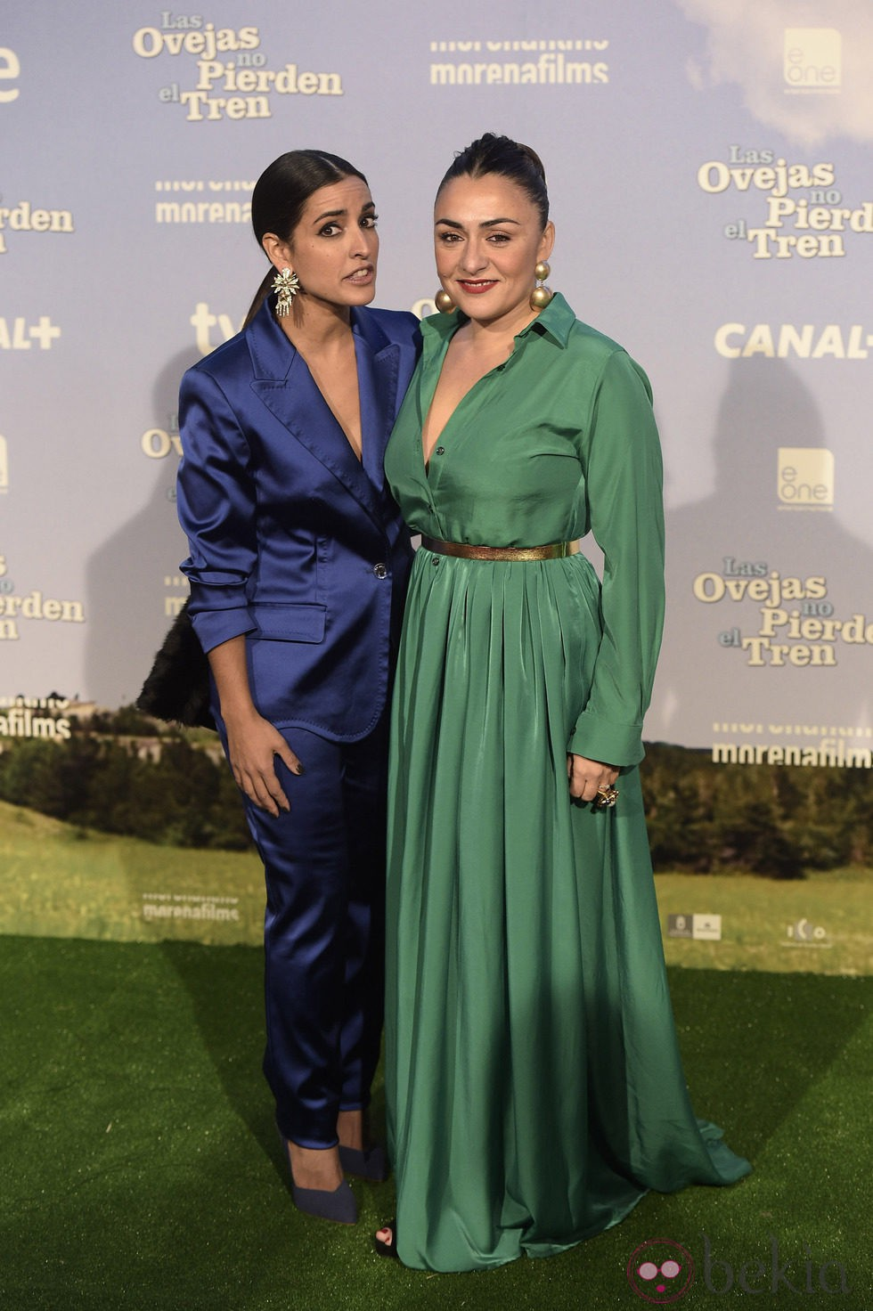 Inma Cuesta y Candela Peña en el estreno de 'Las ovejas no pierden el tren'
