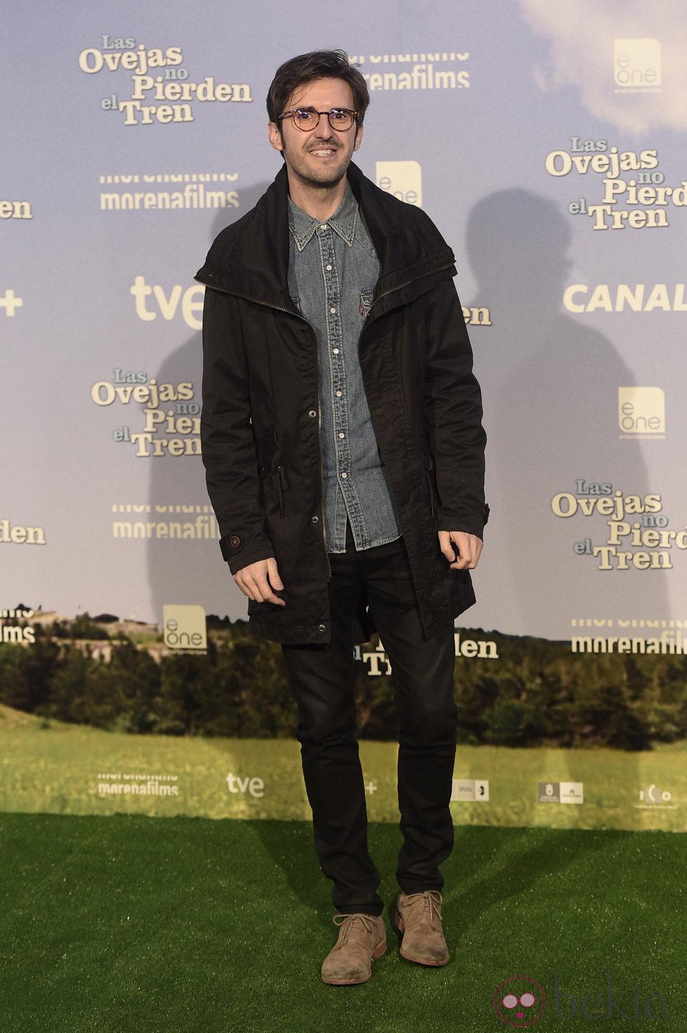 Julián López en el estreno de 'Las ovejas no pierden el tren'