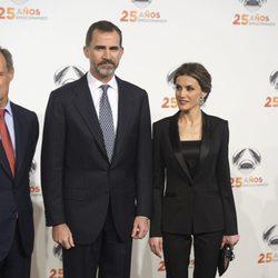 Los Reyes Felipe y Letizia en la fiesta del 25 aniversario de Antena 3