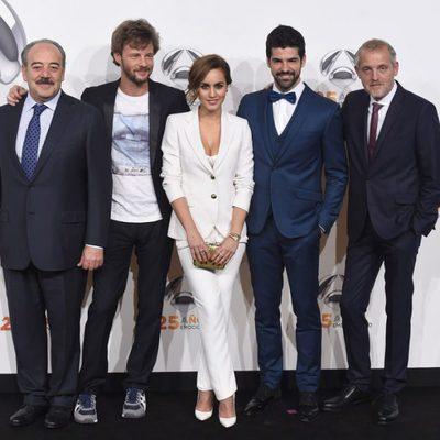 Tito Valverde, Eloy Azorín, Megan Montaner, Miguel Ángel Muñoz y Jordi Rebellón en la fiesta del 25 aniversario de Antena 3