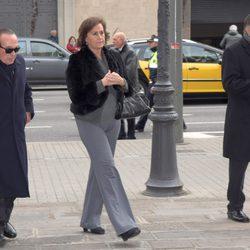 Curro Romero y Carmen Tello en el funeral de José Manuel Lara Bosch en Barcelona