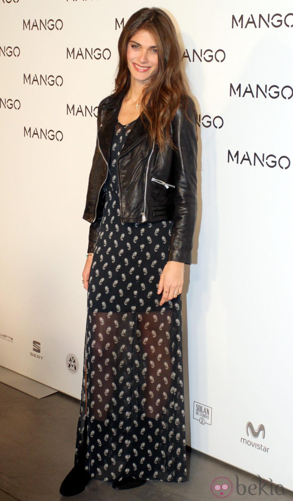 Elisa Sednaoui en el desfile de Mango en 080 Barcelona fashion primavera/verano 2015