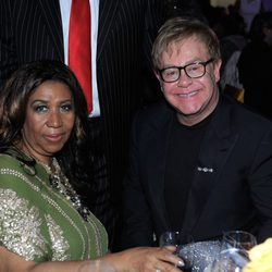 Elton John y Aretha Franklin en el 85 cumpleaños de Tony Bennett