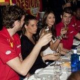 Helen Lindes, Rudy Fernández, Pau Gasol y Silvia López, en la celebración de la victoria del Eurobasket 2011