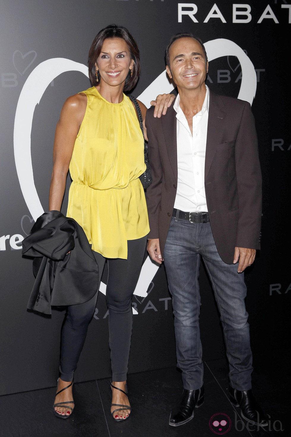 Pastora Vega y Juan Ribó en la entrega del premio 'La joya de tus sueños'