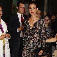 Inés Sastre en la inauguración de la tienda Pirelli en Milán