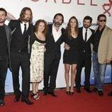 El elenco de 'Isabel' posa en el preestreno de la serie en el Festival de San Sebastián