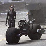 Anne Hathaway es Catwoman en 'El caballero oscuro: La leyenda renace'