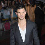 Taylor Lautner en el estreno de 'Abduction' en Londres