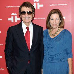 Raphael y Natalia Figueroa en el homenaje a Amparo Rivelles en el Instituto Cervantes