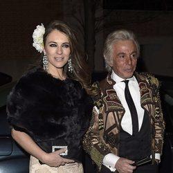 Liz Hurley y Giancarlo Giammetti en la fiesta en honor a Valentino celebrada en Madrid