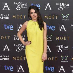 Claudia Traisac en la alfombra rosa de los Goya 2015