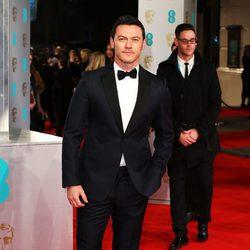 Luke Evans en los BAFTA 2015