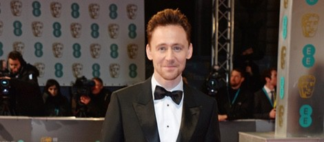 Tom Hiddleston en los Premios BAFTA 2015