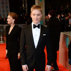 Freddie Fox en los Premios BAFTA 2015