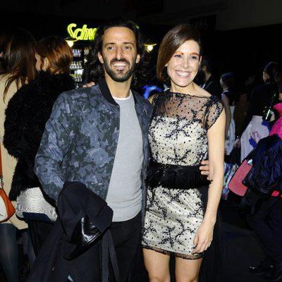 Matías Dumont y Raquel Sánchez Silva en el front row de Ion Fiz en Madrid Fashion Week otoño/invierno 2015/2016