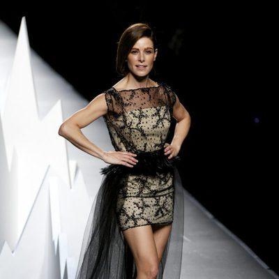 Raquel Sánchez Silva en el desfile de Ion Fiz en Madrid Fashion Week otoño/invierno 2015/2016
