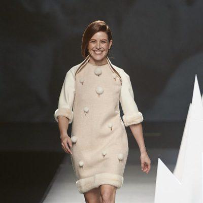 Raquel Sánchez Silva desfila para Ion Fiz en Madrid Fashion Week otoño/invierno 2015/2016