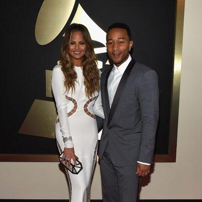 Chrissy Teigen y John Legend en los Grammy 2015