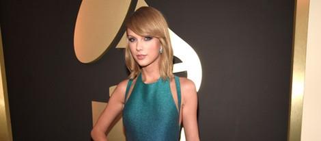 Taylor Swift en la alfombra roja de los Grammy 2015