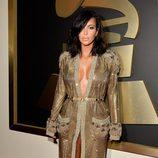 Kim Kardashian en la alfombra roja de los Grammy 2015