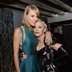 Taylor Swift y Madonna en los premios Grammy 2015