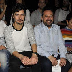 Antonio Pagudo y Pepón Nieto en el front row de Davidelfín en Madrid Fashion Week otoño/invierno 2015/2016