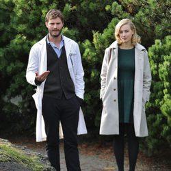 Jamie Dornan y Sarah Gadon en el rodaje de 'The 9th Life of Louis Drax'