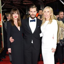 Dakota Johnson, Jamie Dornan y Sam Taylor-Johnson en el estreno de 'Cincuenta sombras de Grey' en la Berlinale 2015