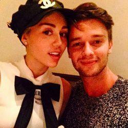 Miley Cyrus y Patrick Schwarzenegger el día de San Valentín