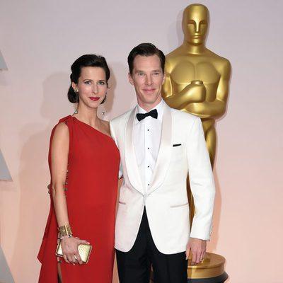 Benedict Cumberbatch posa junto a su mujer Sophie Hunter en la alfombra roja de los Oscar 2015