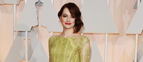 Emma Stone posa en la alfombra roja de los Oscar 2015