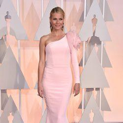 Gwyneth Paltrow en la alfombra roja de los Oscar 2015