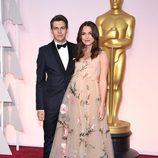 Keira Knightley y James Righton en la alfombra roja de los Oscar 2015